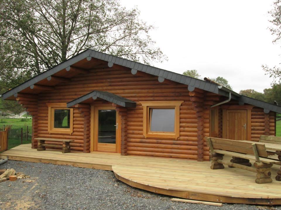 Chalet chalet en bois rond chalet en rondin empil maison en bois maison - Chalet en rondin de bois ...